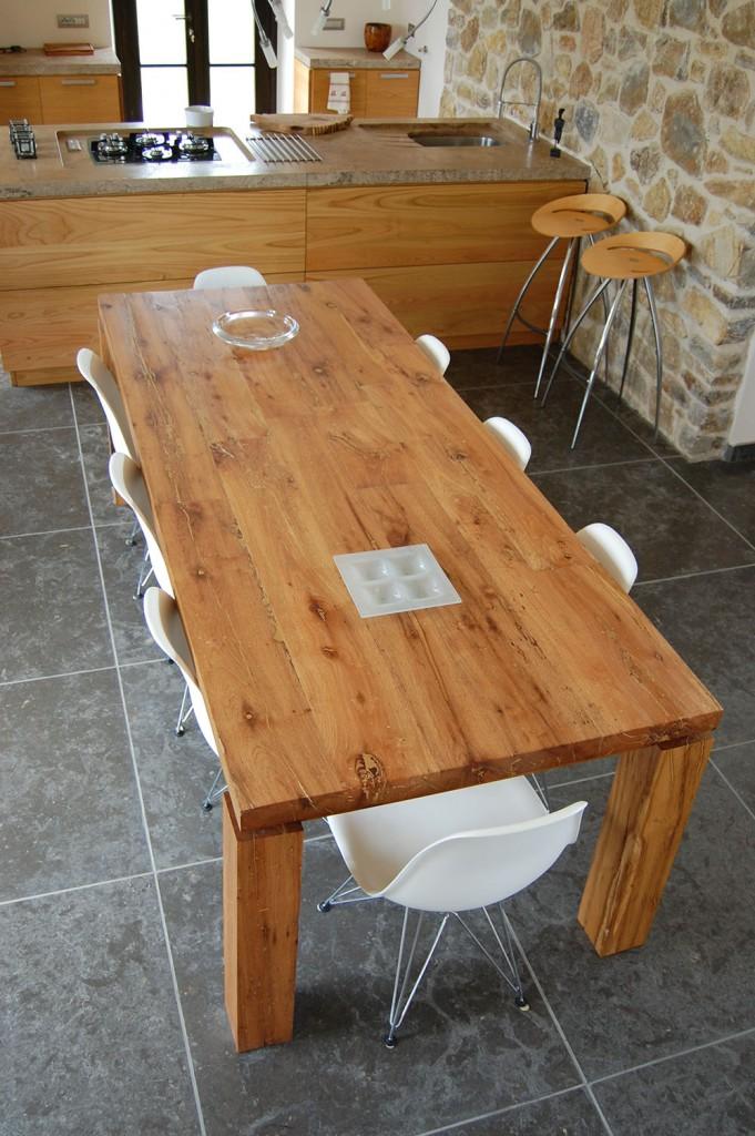 Die ene unieke tafel als middelpunt van uw interieur - Tafel een italien kribbe ontwerp ...